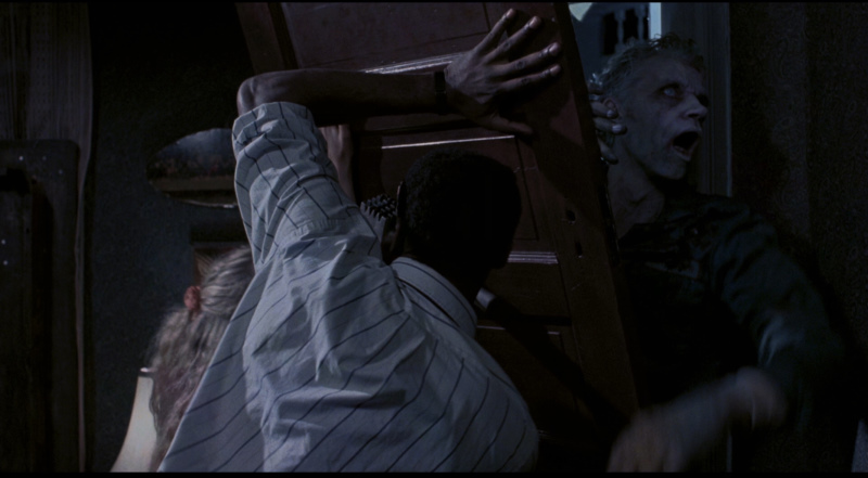 Tony Todd in Night of the Living Dead (1990) 4