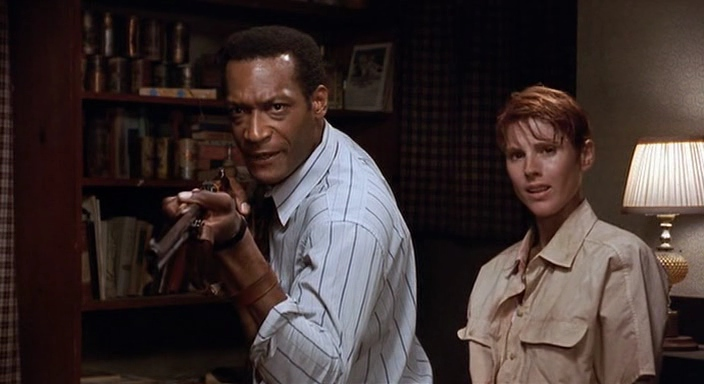 Tony Todd in Night of the Living Dead (1990) 7
