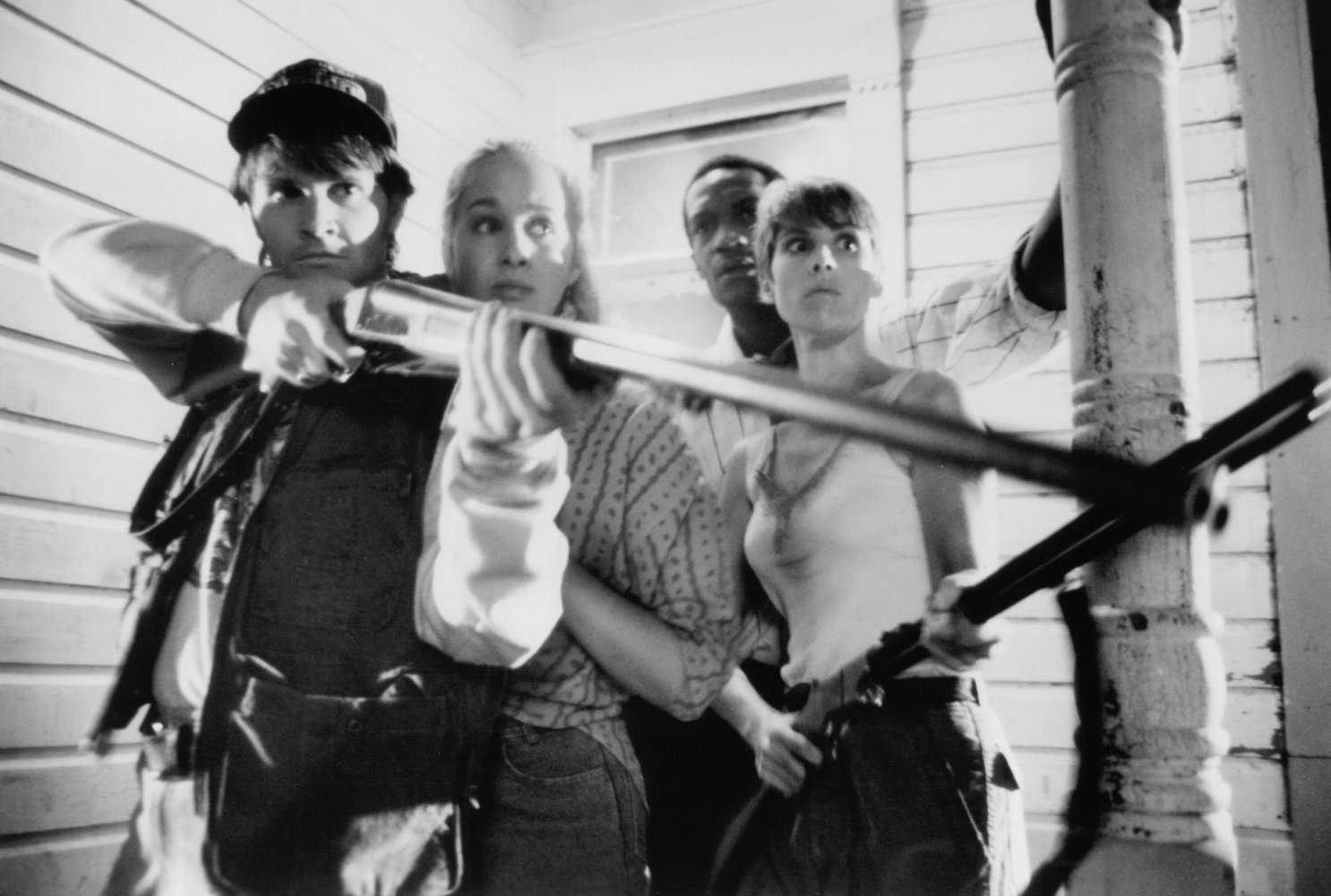 Tony Todd in Night of the Living Dead (1990)